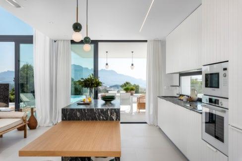 21 - Venecia III - Kitchen view 1