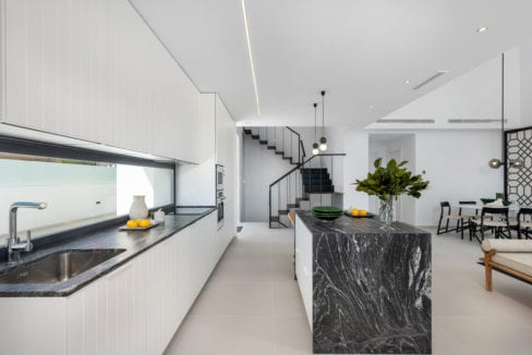27 - Venecia III - Kitchen view 7