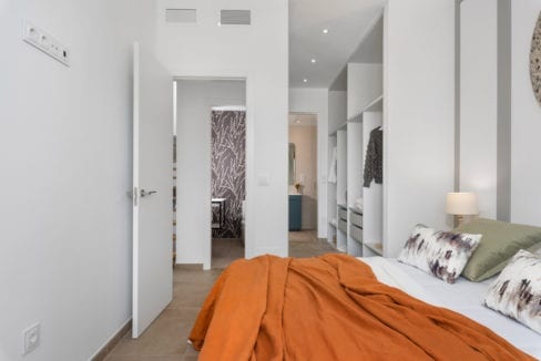 30 - Paris V - 1st Room 1