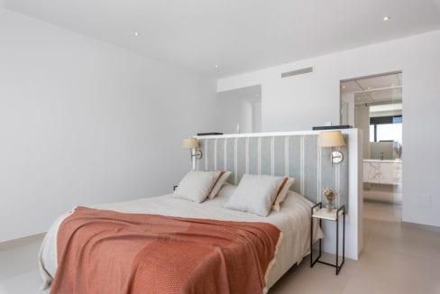 45 - Venecia III - 3rd Bedroom suite 2