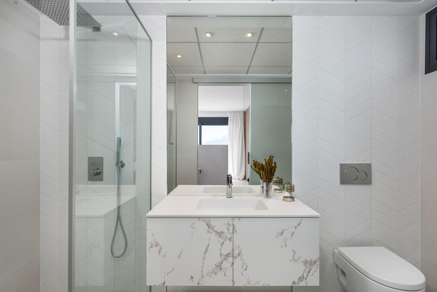 47 - Venecia III - 3rd Bedroom suite Bathroom 1