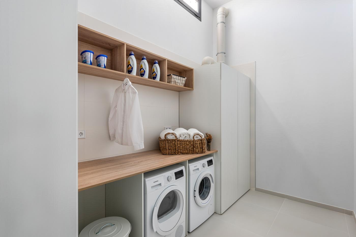 51 - Venecia III - Laundry room