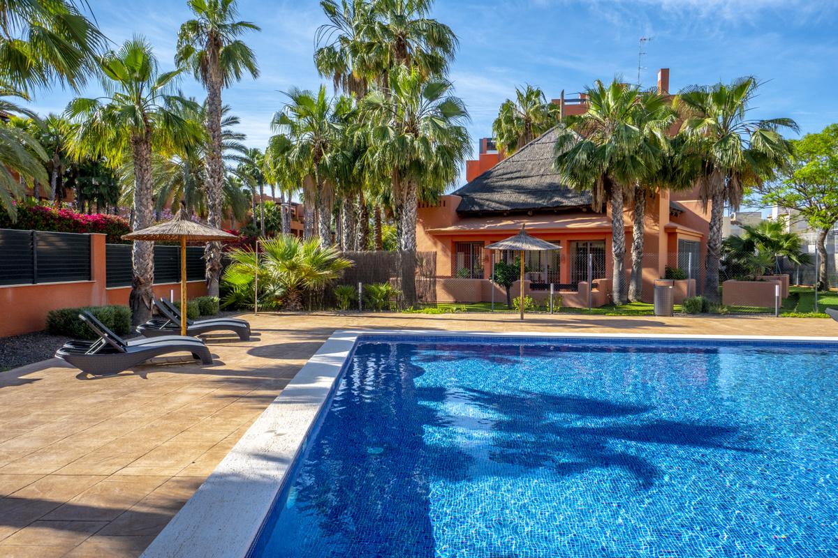 312 HD Swimming Pool